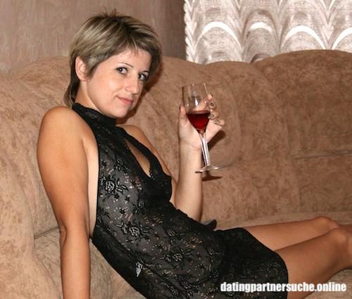 Sexy Hausfrau sucht Seitensprung