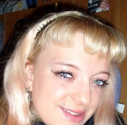 Blondine aus Güterloh sucht Ficktreffen